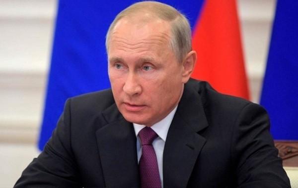 Путин пообещал внимательно рассмотреть вопрос о проведении амнистии