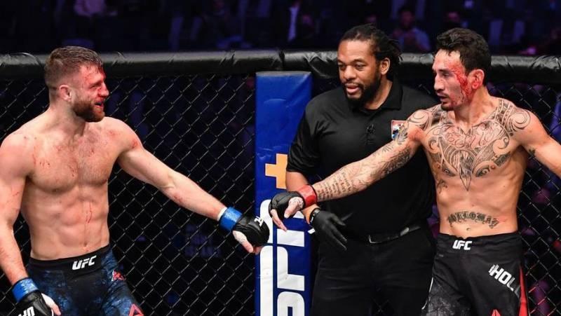 Как закончился бой Макса Холлоуэя против Кэлвина Каттара в UFC