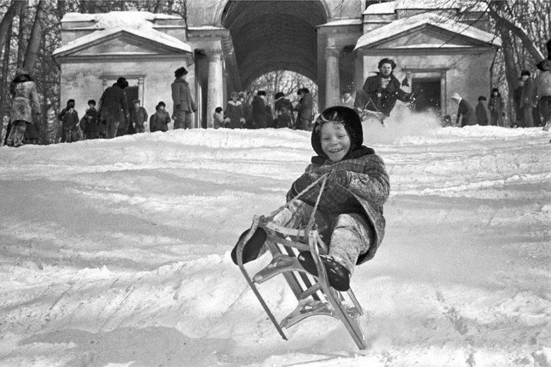 Какие раньше были зимы и как люди справлялись со снегопадами