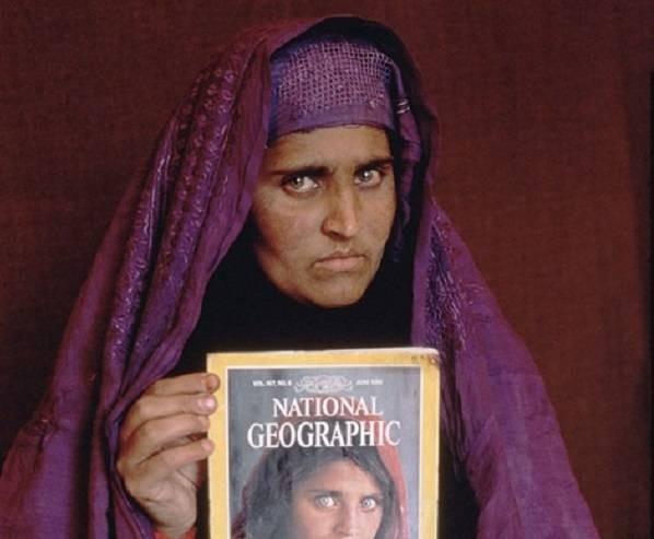 История афганской девочки с известного фото: как Шарбат Гула появилась на обложке журнала National Geographic