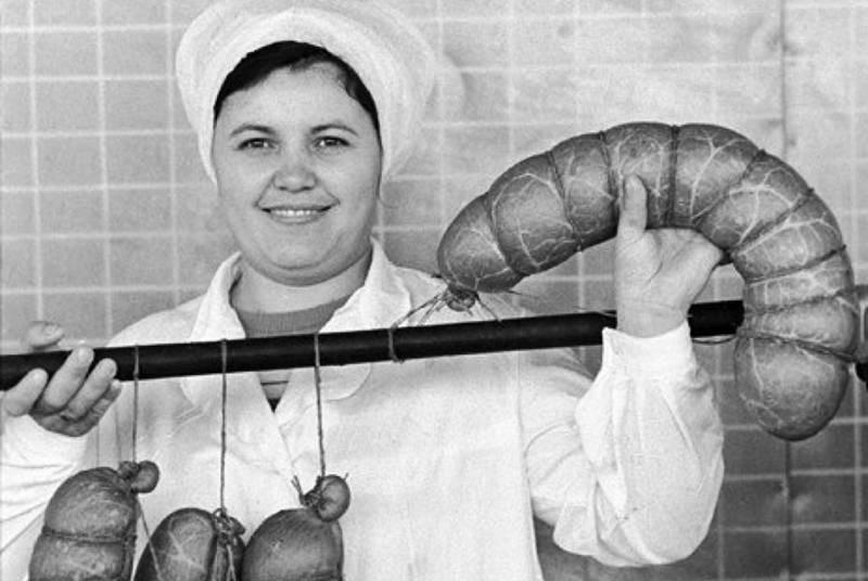 Как изменилась зарплата простого россиянина со времен СССР до наших дней
