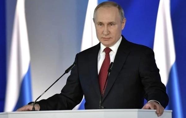 """Путин предупредил о """"красной черте"""" России"""