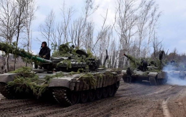 Украинские силовики продолжают обстреливать ДНР и ЛНР