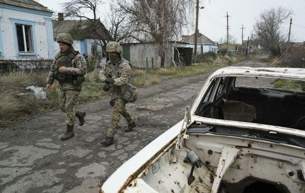 В ЛНР уличили Киев в стягивании бронетехники к линии соприкосновения