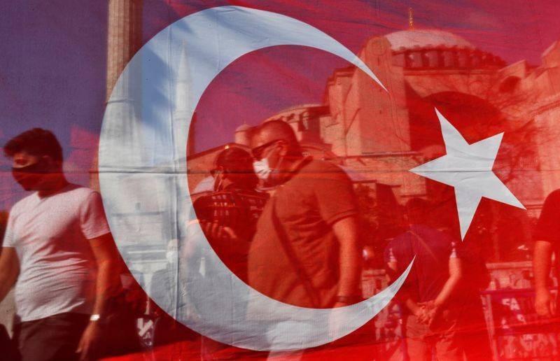 Турецкая сторона предложила России возобновить авиасообщения в курортные города для отдыха россиян