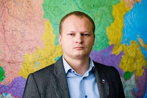 Антон Мороз не смог смириться с поражением на праймериз и решил выместить обиду на своём оппоненте Евгении Марченко