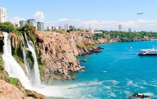 Озвучены сроки открытия границ Турции для российских туристов