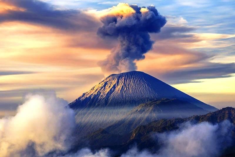 По прогнозам учёных, скоро может проснуться большой вулкан