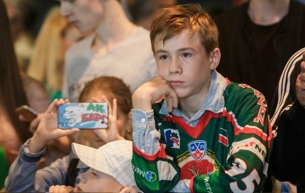 Сроки выплат на детей от 8 до 17 лет озвучили в России