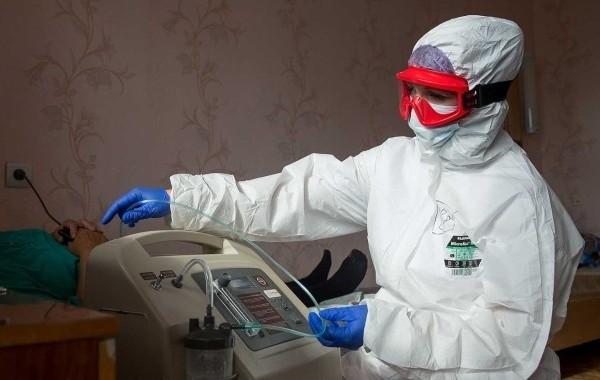 В Москве за сутки выявили более 9 тысяч новых заразившихся коронавирусом