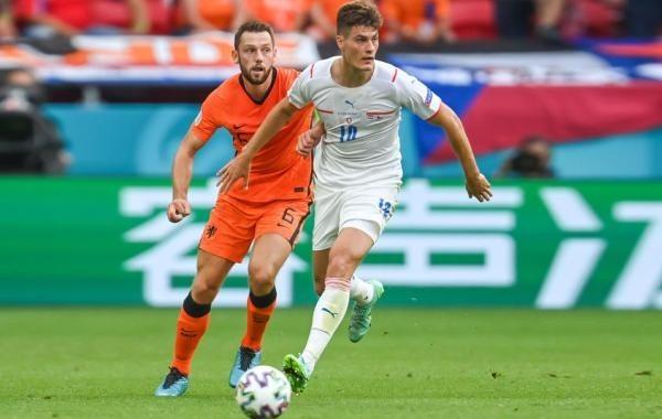 Чехия победила Нидерланды и сыграет с Данией в четвертьфинале Евро-2020