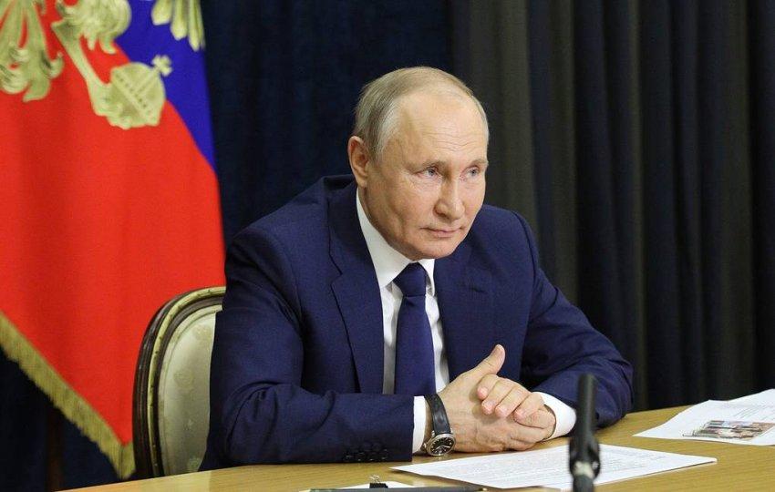 Путин рассмотрел инициативу об использовании материнского капитала на ремонт квартиры