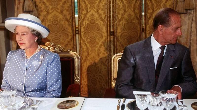 По какому распорядку дня живет британская королева Елизавета II