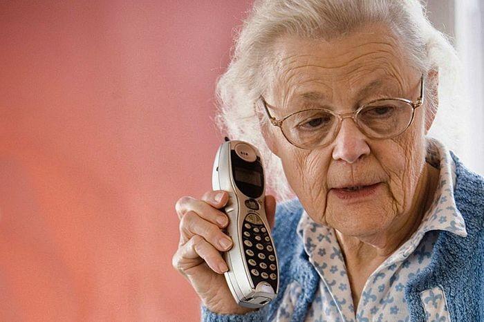Как действуют телефонные мошенники и что нужно делать, чтобы не стать их жертвой
