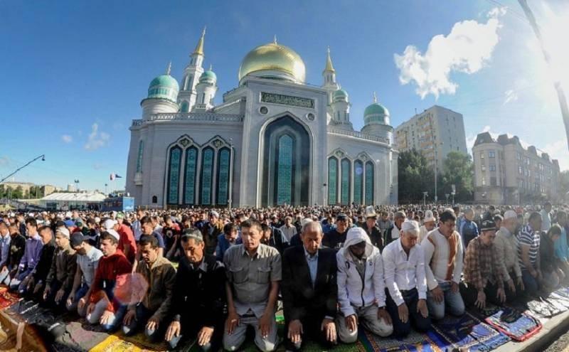 Как отмечают Курбан-байрам мусульмане