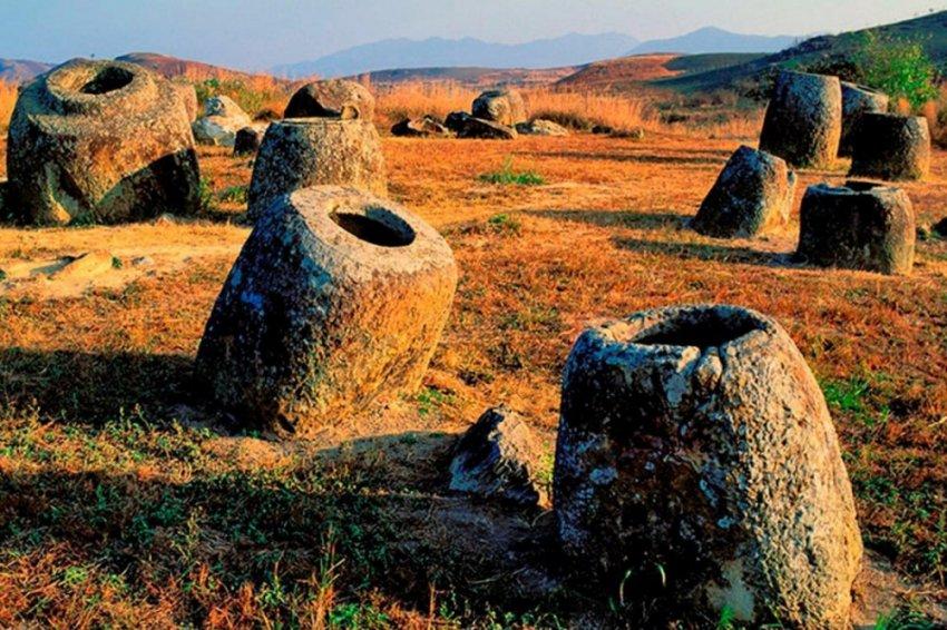 Мегалитические чаши плато Сианкхуанг