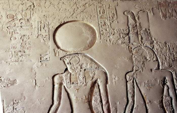 Почему египетские обелиски активно вывозились в Европу