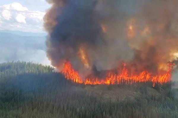 В Якутии продолжается борьба с лесными пожарами