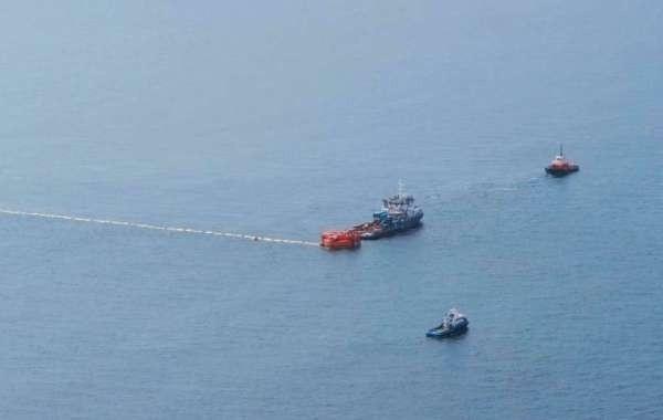 Следы разлива нефти в море у Новороссийска отсутствуют
