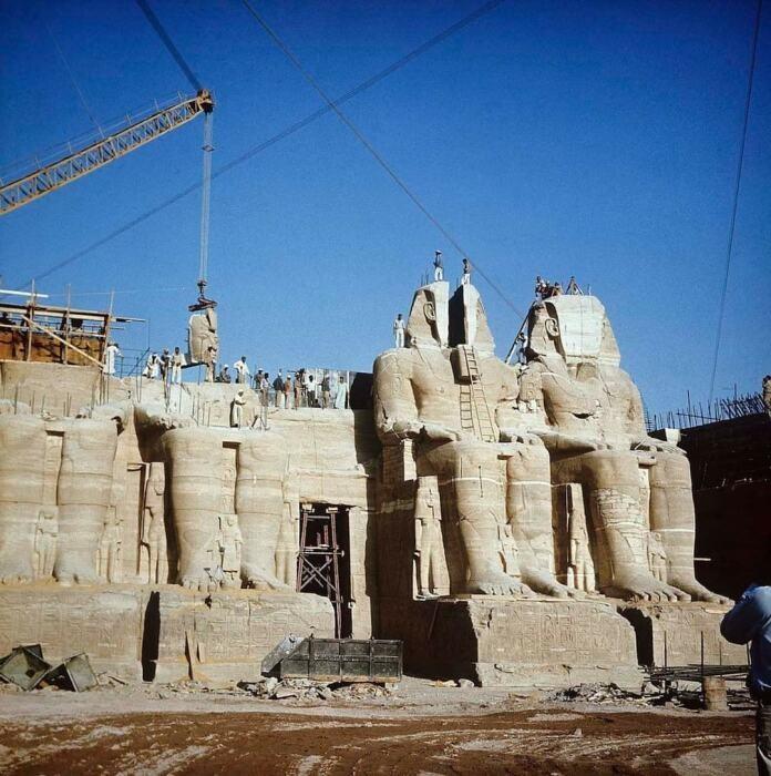 Как пилили и переносили древний египетский храм