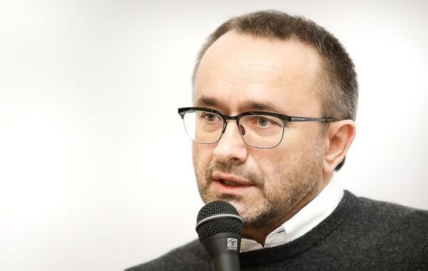 Андрея Звягинцева готовят к выводу из комы