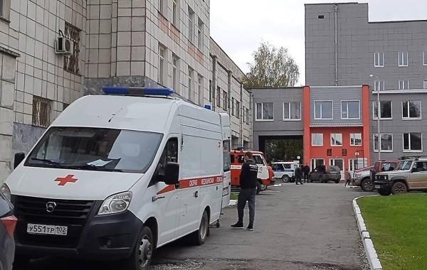 Врачи пытаются спасти пермского стрелка Тимура Бекмансурова