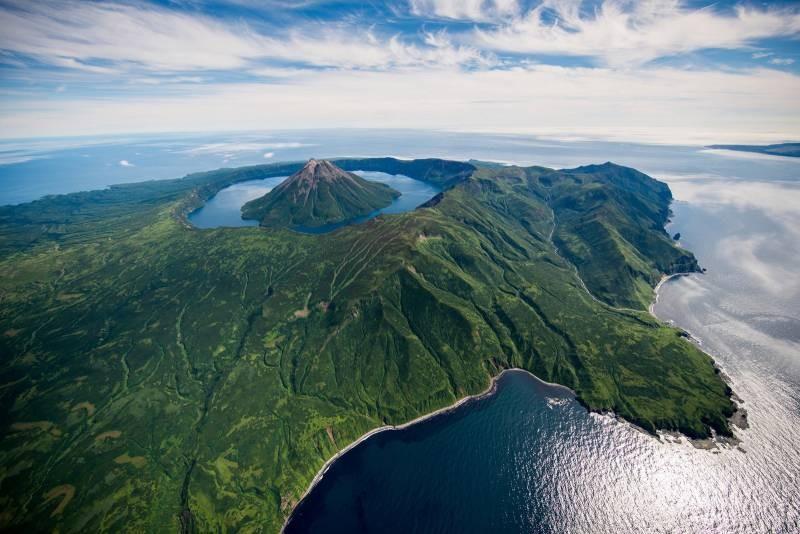 Япония намерена вернуть Курильские острова, — премьер Фумио Кисида